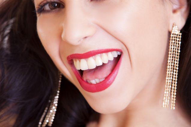 Descubre qué son las carillas para dientes
